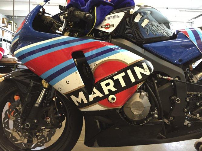 pellicola wrapping 3M su moto da corsa